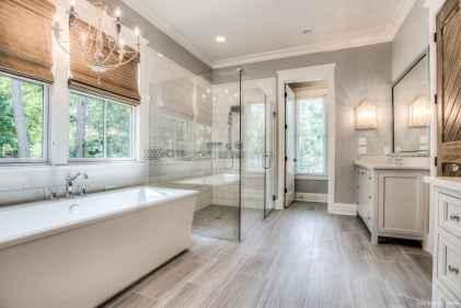 19 Best Modern Farmhouse Master Bathroom Design Ideas