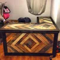 34 Nice DIY Pallet Bar Design Ideas
