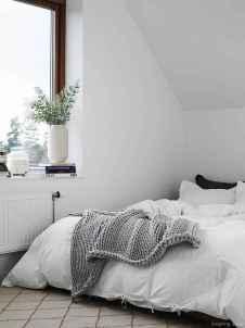 Minimalist Apartment Bedroom Decorating Ideas 50