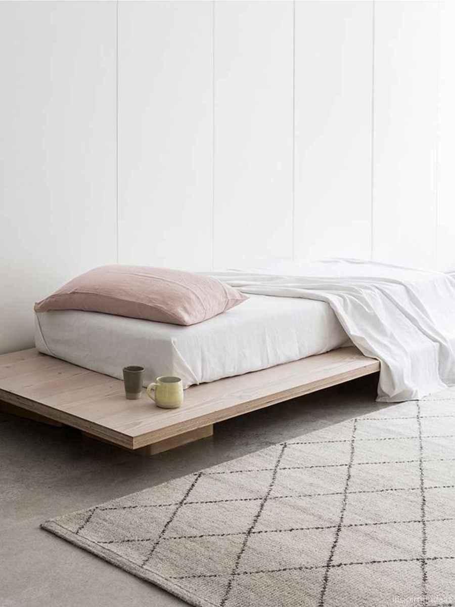 Minimalist Apartment Bedroom Decorating Ideas 81