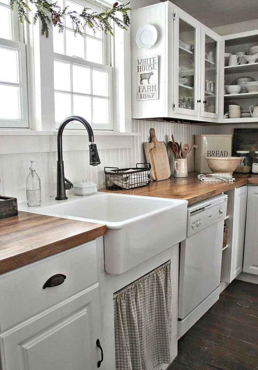Modern Farmhouse Kitchen Backsplash Design Ideas 35