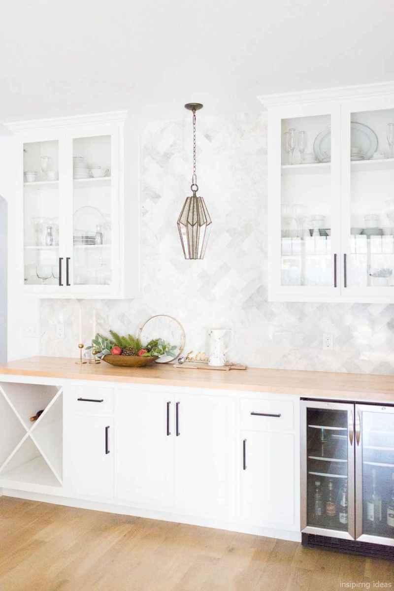 Modern Farmhouse Kitchen Backsplash Design Ideas 37