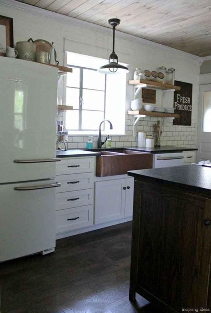 Modern Farmhouse Kitchen Backsplash Design Ideas 54