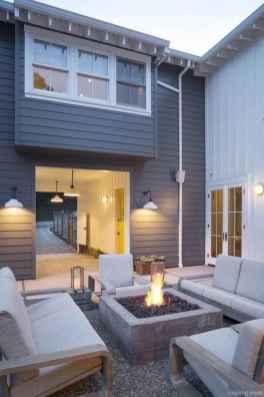 Simple Modern Farmhouse Exterior Design Ideas 35