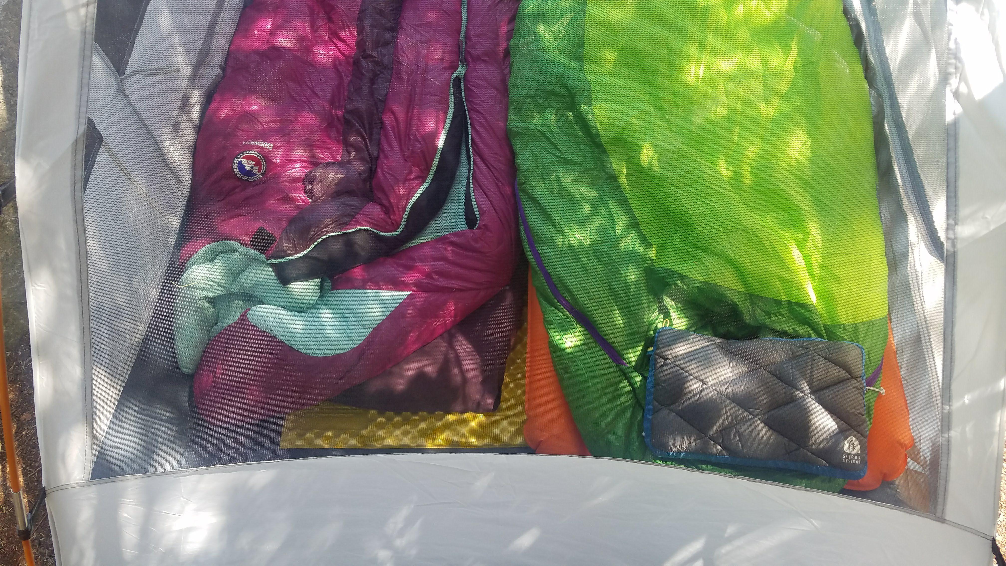 Sierra Designs Dry Down Pillow – Camping Pillow