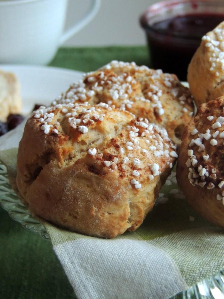 Æble-kanel scones