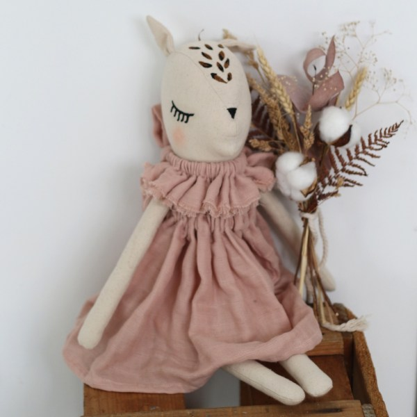 Burrow and Be Fleur Le Fawn (dusty rose)