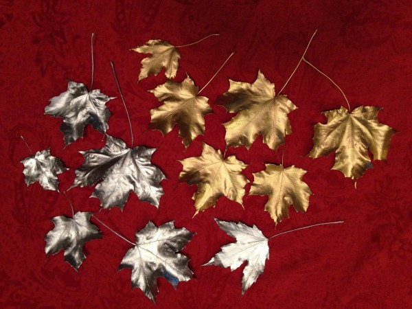 Gold and silver metallic spray painted leaves {Love My DIY Home}