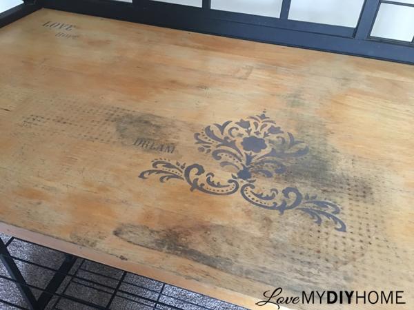 Studio Art Rack {Love My DIY Home}