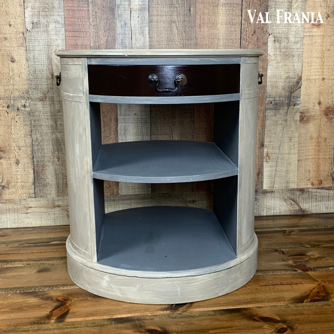 Jillian's blk end table fb3
