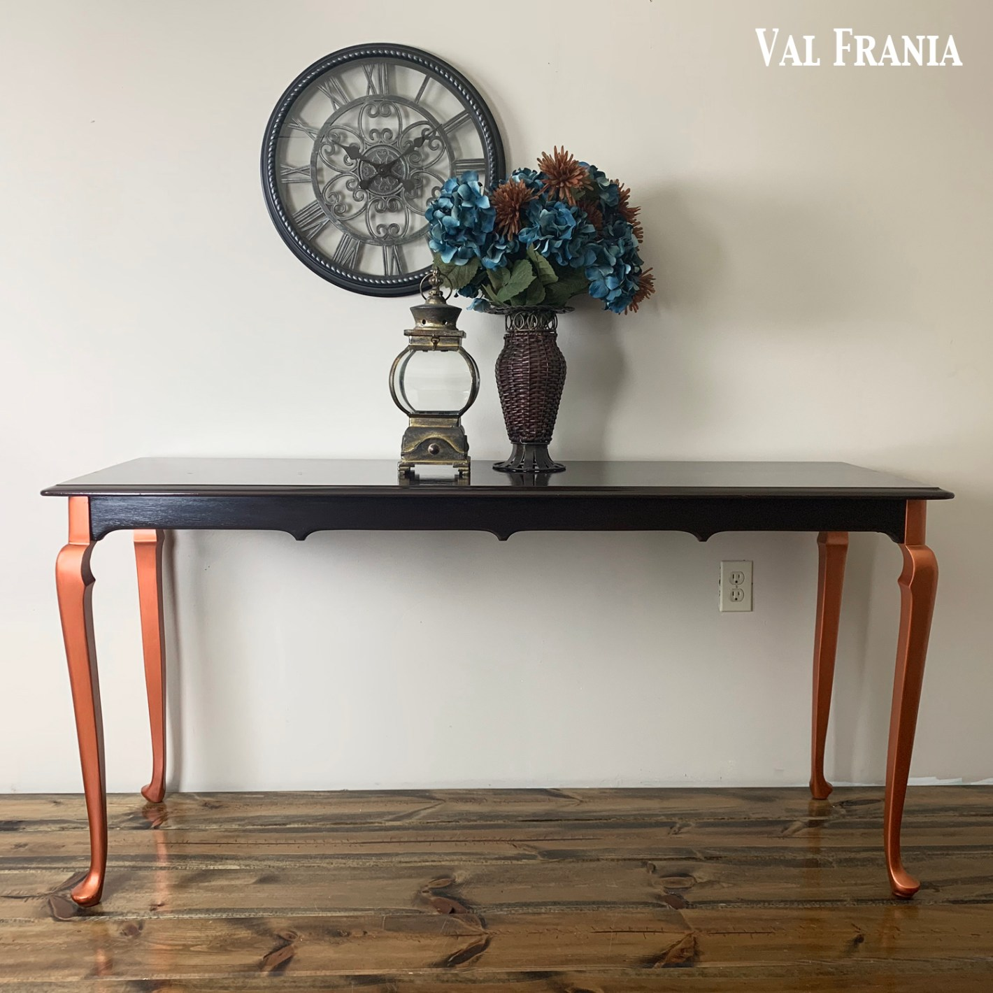 Couch Table Chanelle fb5