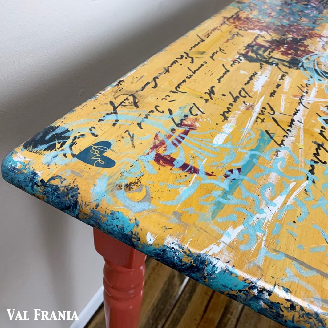 Artsy Table cu corner3