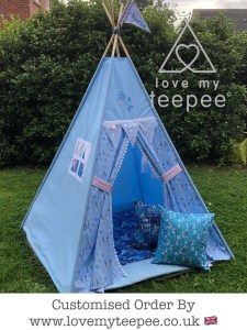 childrens disney frozen pom pom teepee with a quilted floor mat and two cushions, large single pole flag