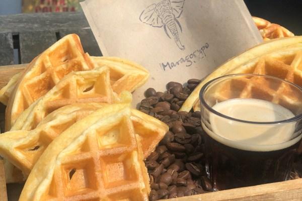Waffelzeit – Kaffee-Buttermilch-Waffel