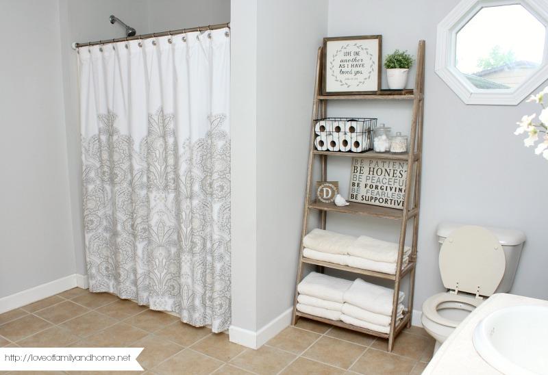 farmhouse style bathroom makeover