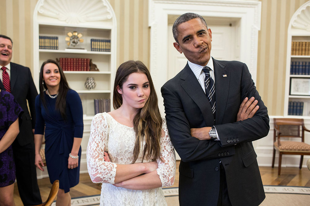 Президент и гимнастка McKayla Maroney