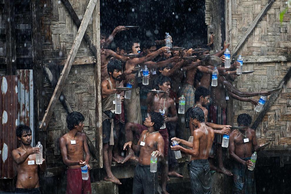 Мьянма. Дождевая вода в качестве питьевой — относительно неплохой вариант.