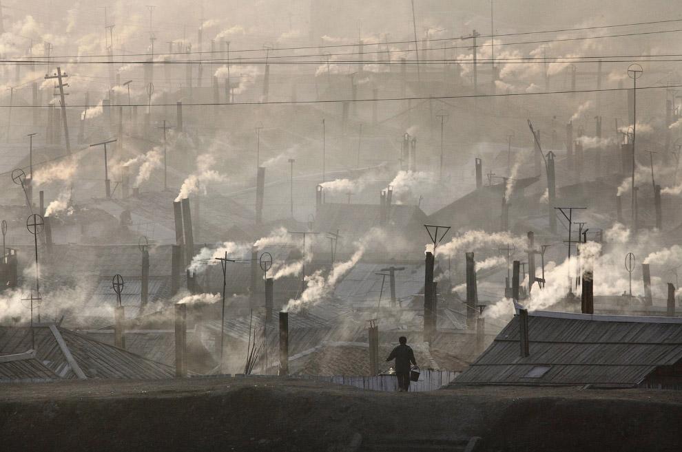 Северокорейский город Хайесан на границе с Китаем