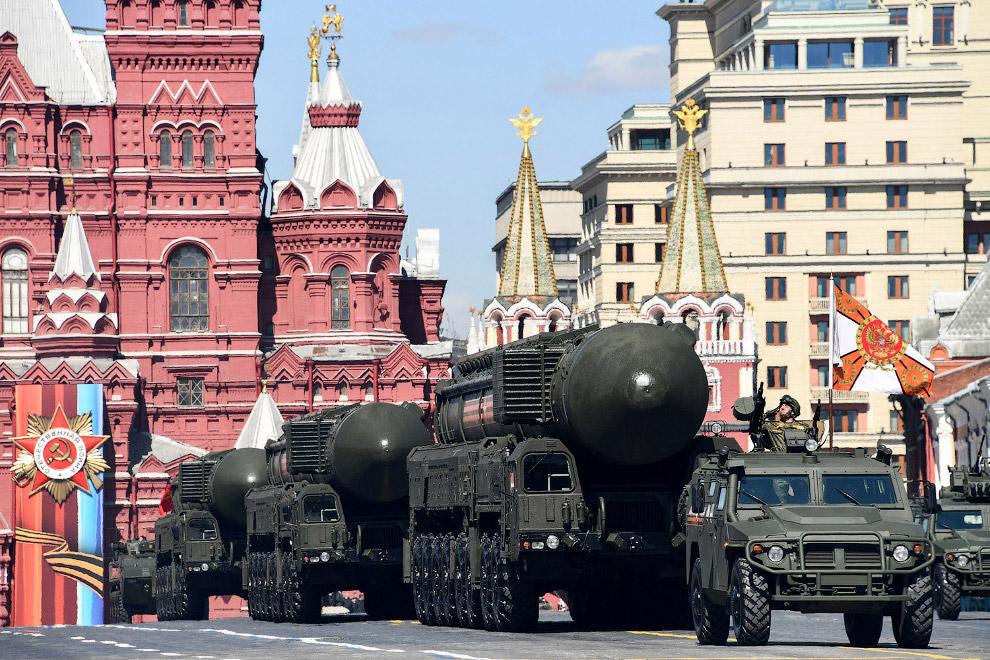 Российский стратегический ракетный комплекс с твердотопливной межконтинентальной баллистической ракетой PC-24 «Ярс»