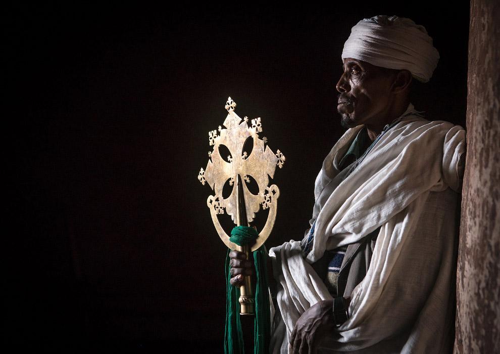 Так выглядят эфиопские священники