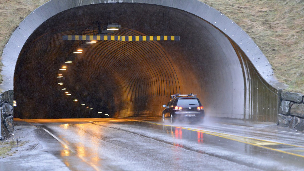 túnel rodoviário Eyksunnsky