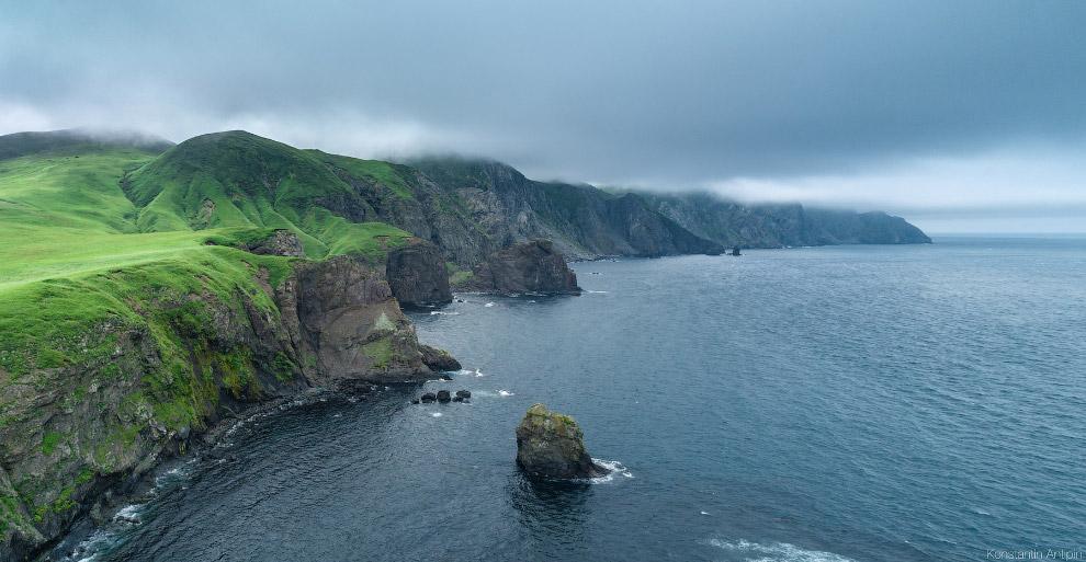 Восточный берег острова