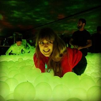 GlowMcGlow Me in balls