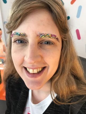 Sprinkles Easy Jet pop up Me and sprinkled brows