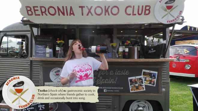 Foodies Festival Beronia Txoko Club stand me drinking from the bottle
