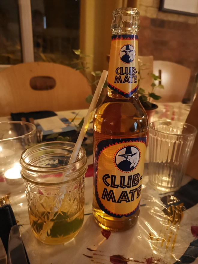 Salty Studio Club Mate