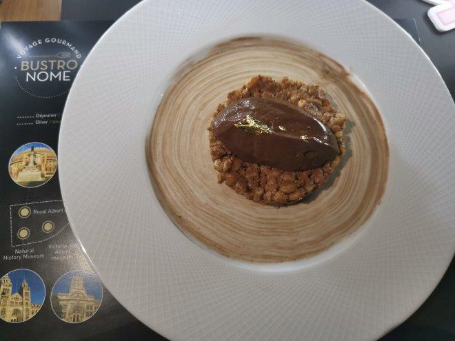 Bustronome chocolate dessert
