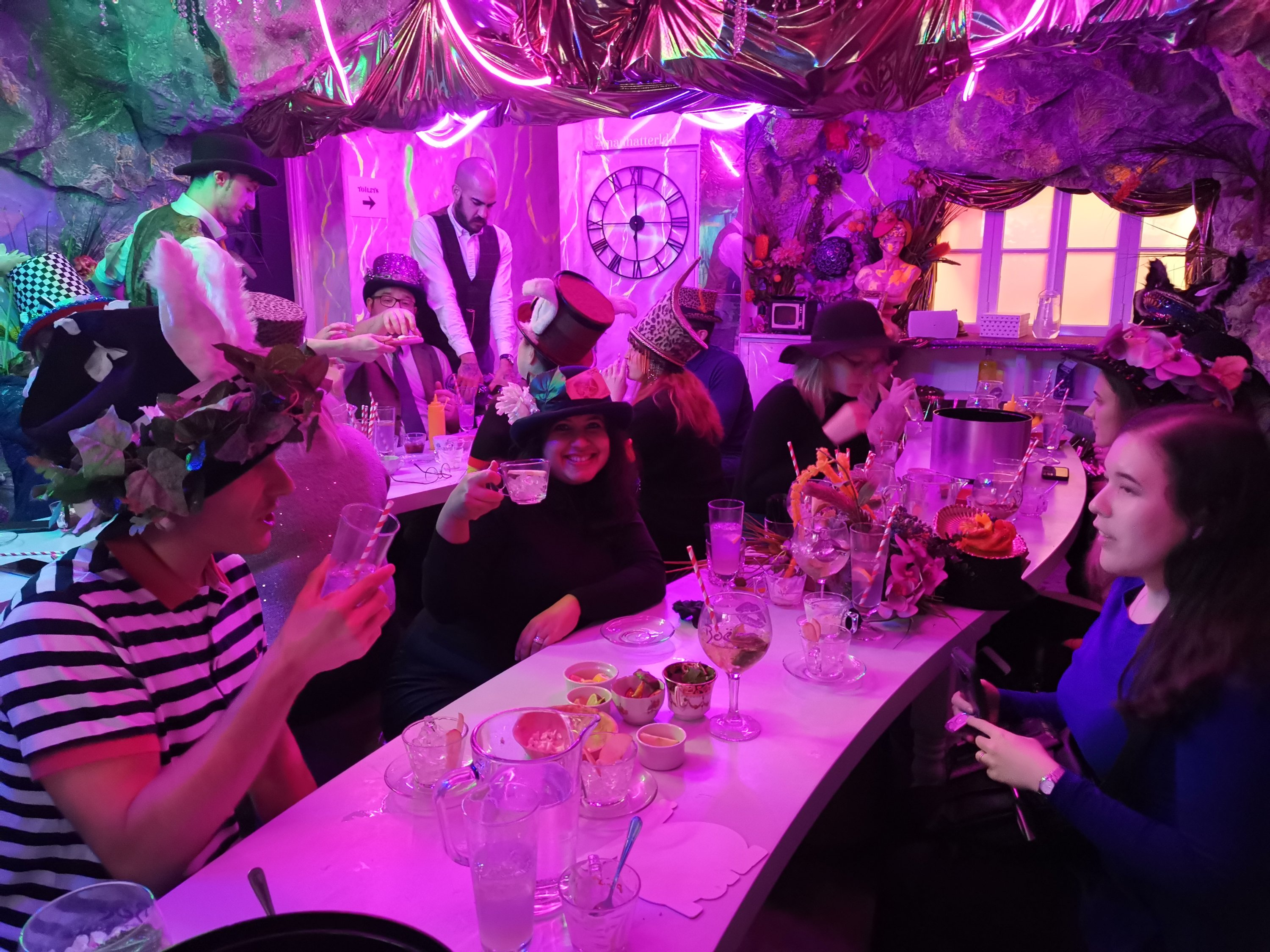Mad Hatter Gin Tea Party Don T Be Late As There Is Gin To Be Drank Love Pop Ups London