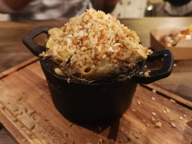 Smoky Barrels Mac and Cheese