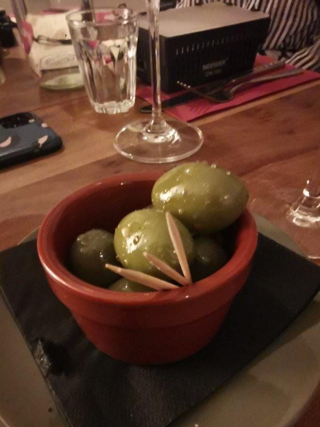 Casa Tua olives