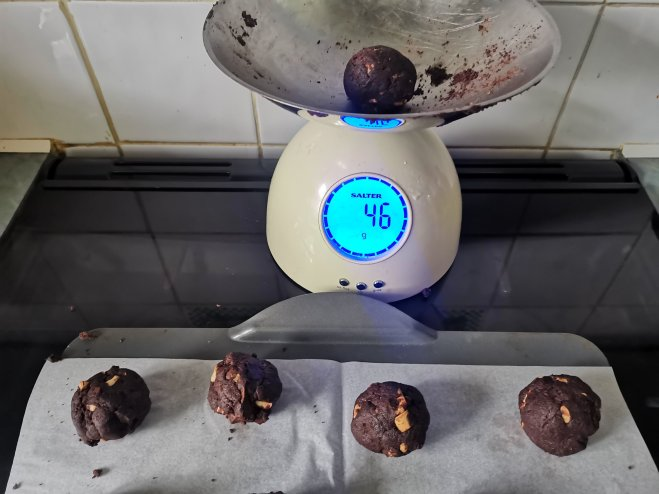 BakesterBox weighing cookie dough