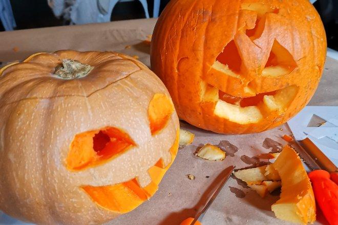 Wizard Exploratorium Pumpkin Carving