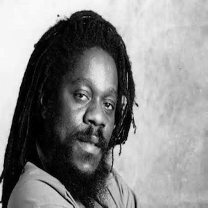 Dennis Brown_Lovereggaemusic
