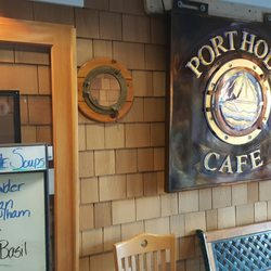 Port Hole Cafe overlooking the Rouge River.