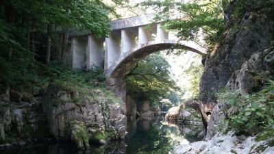 葉山めがね橋