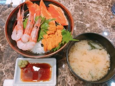 日本海さかな街の海鮮丼