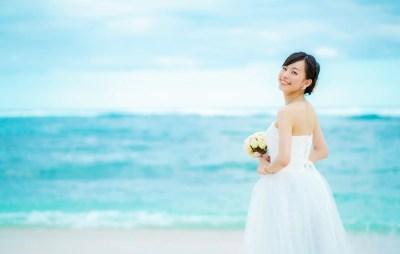 リゾートウェディング 結婚する女性