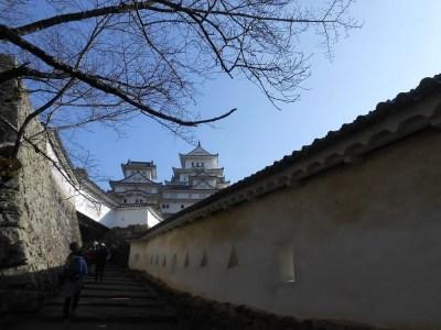 江戸城登城シーンとして時代劇で使われる姫路城の風景