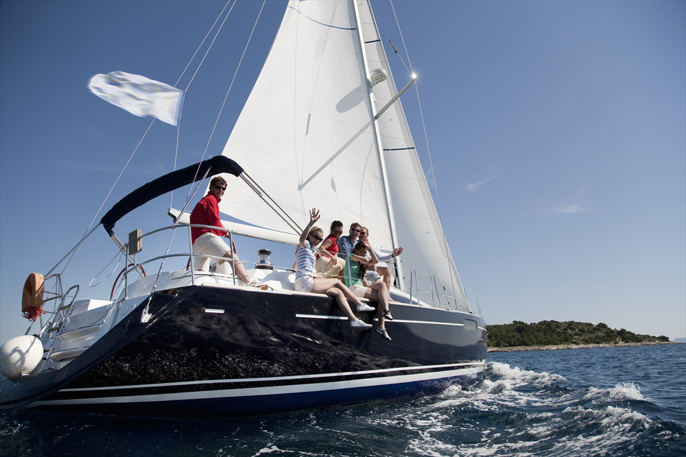 New Crewing Posts from Lovesail Find sailing friends from