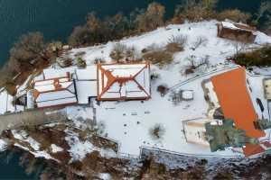 Остров на озере Блед Словения