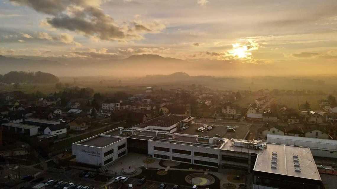 Школа в Словении