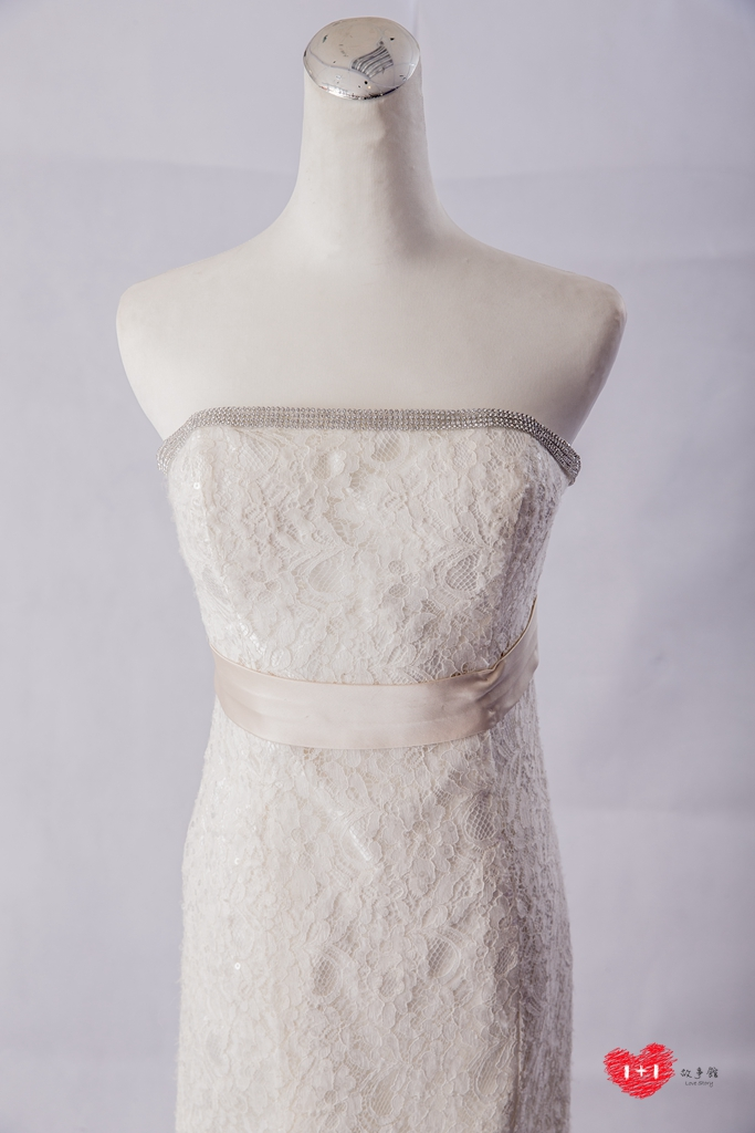 手工婚紗:禮物系拼接高冷白紗