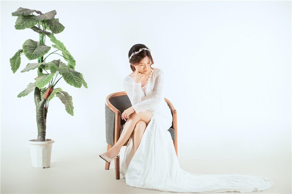 婚紗禮服,婚紗訂製,輕婚紗,婚紗,手工婚紗,禮服租借,禮服推薦