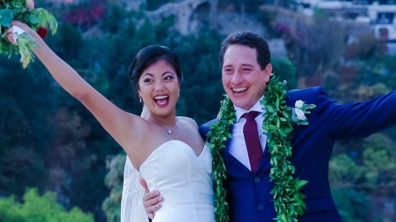 happy Hawaii wedding moments