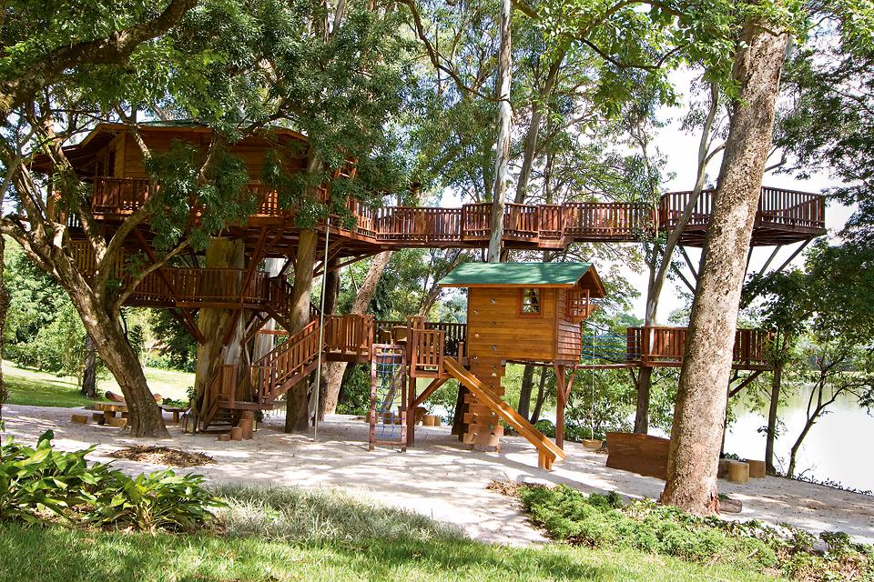 Jij een eigen huis en de kids ook. Leuk en handig zo op zijn tijd. | Casa na Árvore, Lake House, Araras, São Paulo (Brazil)