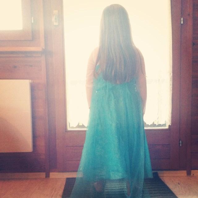 Maandagochtend stond er een kleine Elsa op de uitkijk